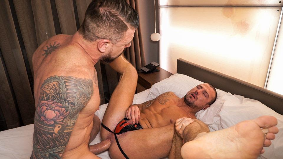 TimTales-Rocco-Steele-Marco-Sessions-Bareback-Muscle-Men-BBBH-Amateur-Gay-Porn-10 TimTales: Rocco Steele and Marco Sessions - Huge Cock Bareback