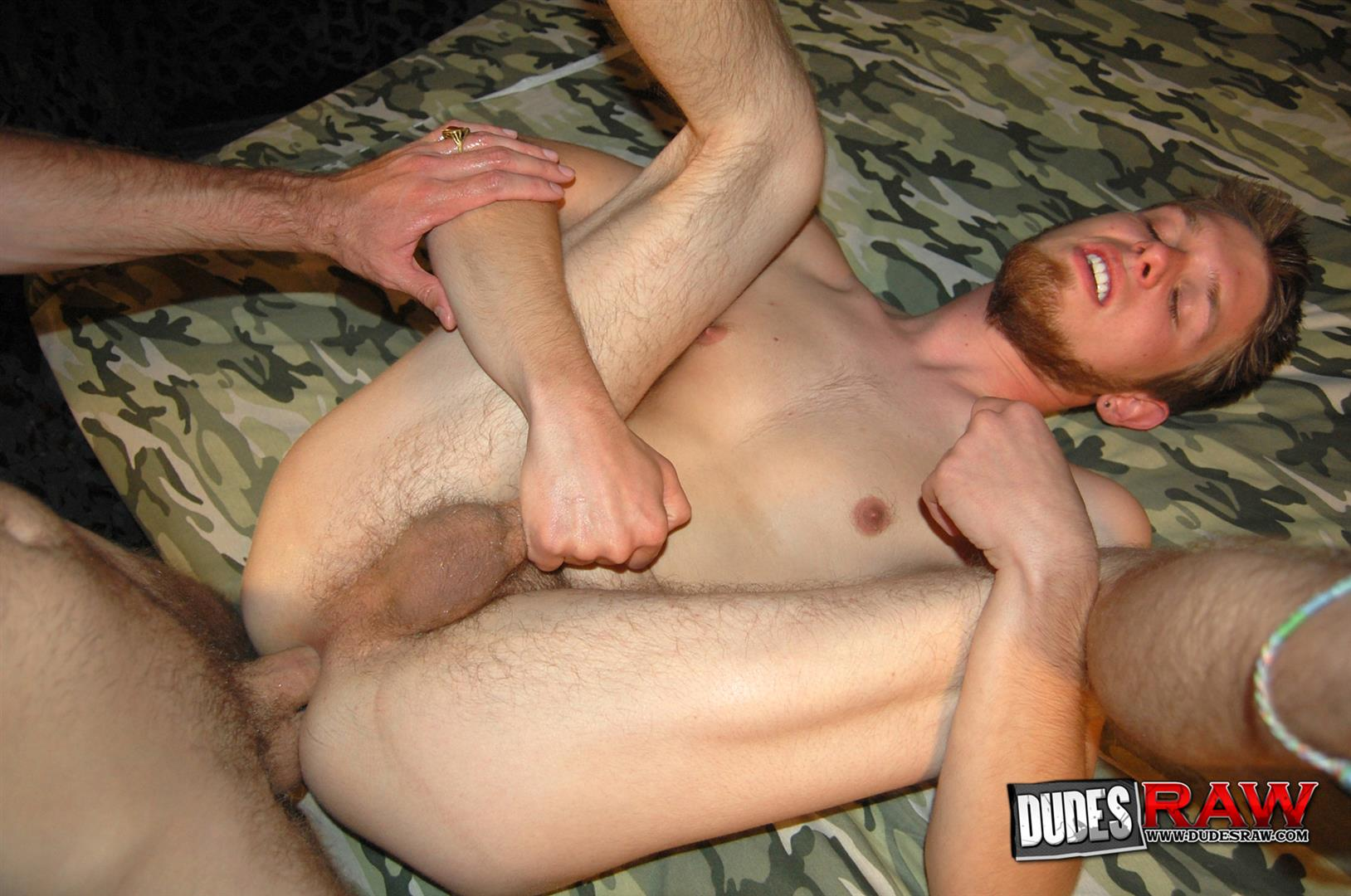 Dudes-Raw-Jacques-Satori-and-Zeke-Stardust-Army-Guys-Barebacking-Amateur-Gay-Porn-21 Army Guys Discover Gay Sex and Bareback Fuck Each Other