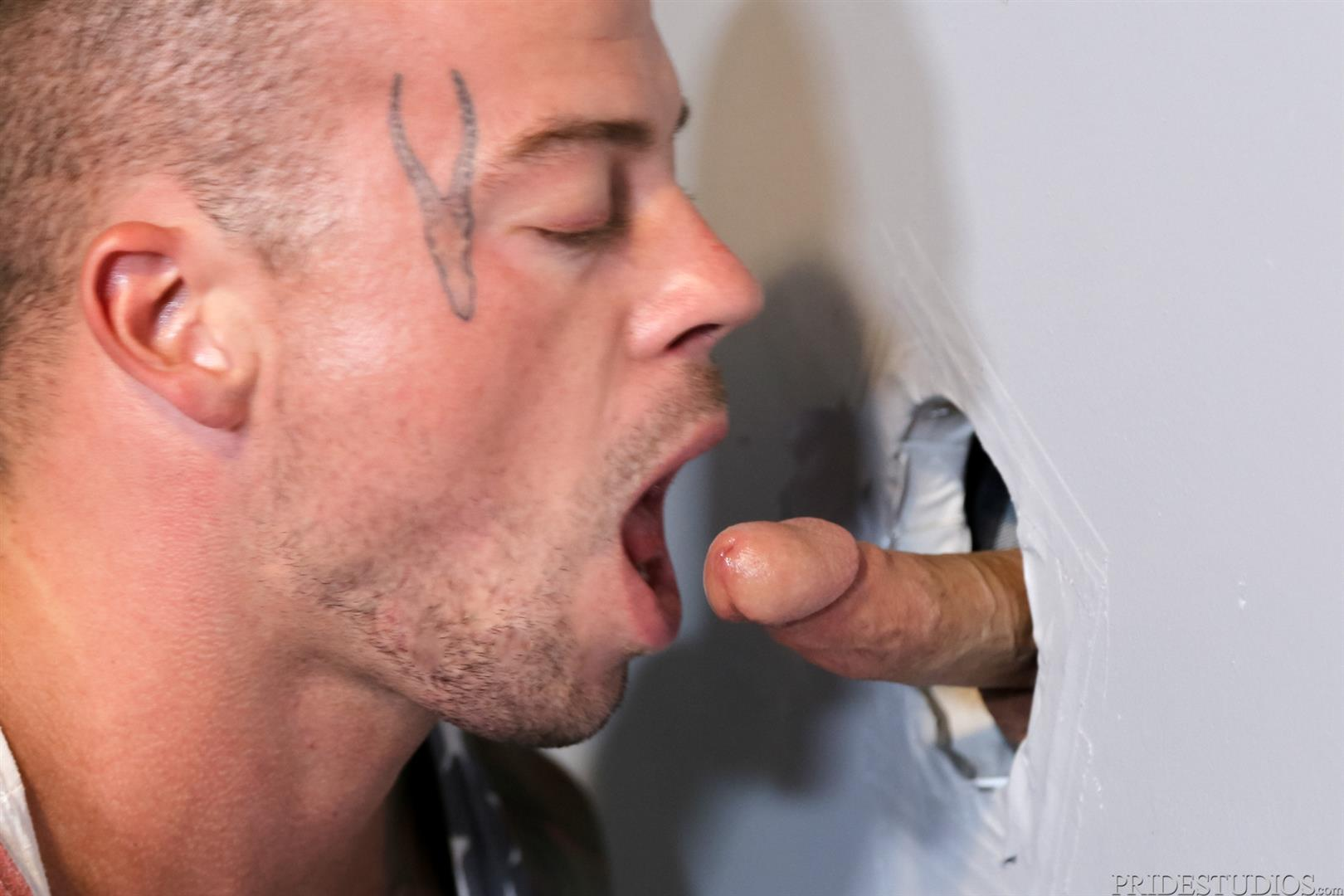 Extra-Big-Dicks-Sean-Duran-Fucking-Through-A-Glory-Hole-Amateur-Gay-Porn-04 Getting Fucked By A Big Fat Cock Through a Glory Hole